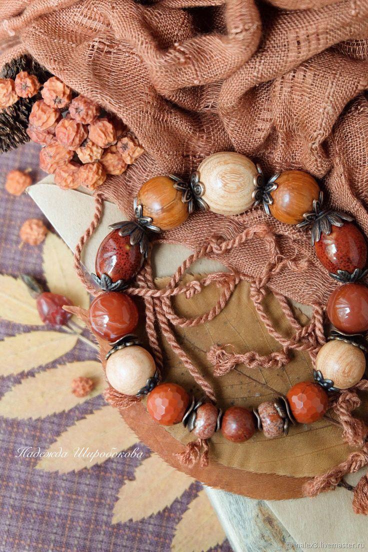 Купить Браслет с камнями «Рябиновый чай» в интернет магазине на Ярмарке Мастеров