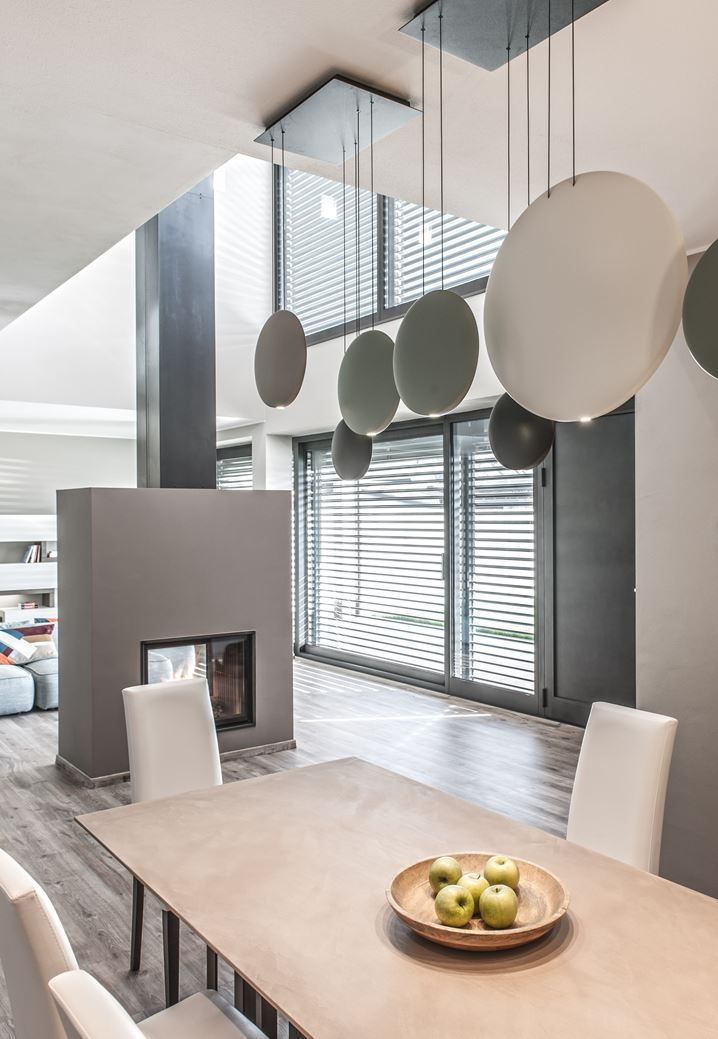 L'essenziale È Luce - Residencial project in Brescia, Italy, feat. COSMOS pendant lamp, designed by Lievore Altherr Molina for VIBIA http://www.vibia.com/en/lamps/show/id/25154/hanging_lamps_cosmos_2515_design_by_lievore_altherr_molina.html?utm_source=social&utm_medium=pinterest&utm_campaign=cos_bres_res&utm_content=pint_homeutm_term=