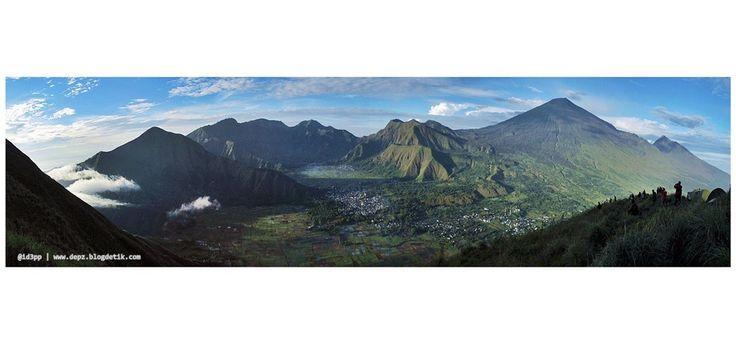 Pergasingan Hill - Menikmati keindahan Desa Sembalun dan Gunung Rinjani di Lombok Timur dari atas Bukit Pergasingan akan menjadi pengalaman yang tak terlupakan. Berkemah di Bukit Pergasingan adalah opsi terbaik.