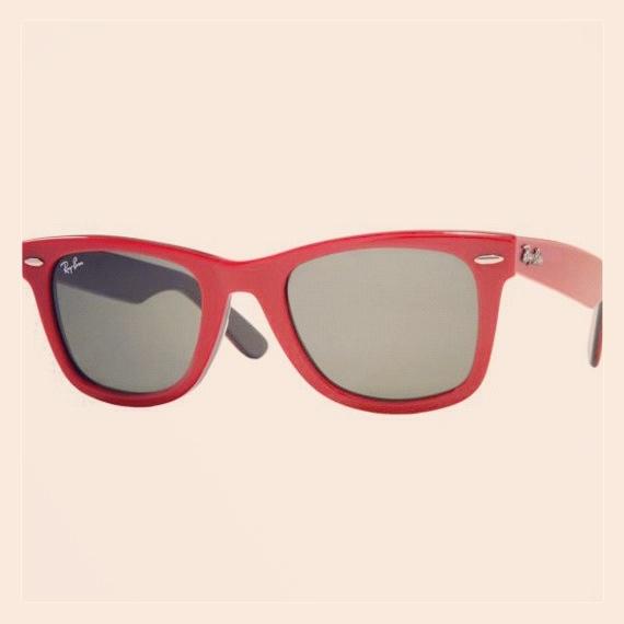 Gafas de sol Ray Ban Wayfarer 25% off en Neodalia.   http://www.neodalia.com/es/ventas/gafas-ray-ban/original-wayfarer-roja