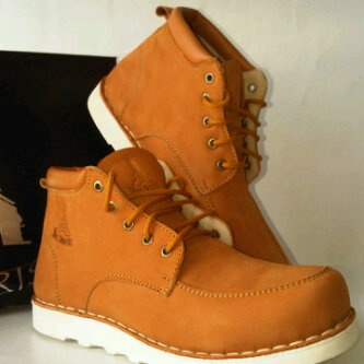 FW Brown size 40-44
