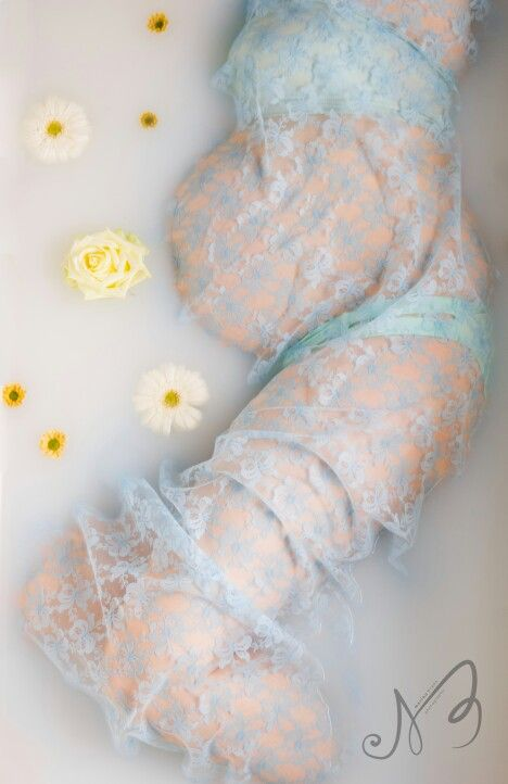 Milk bath pregnancy photography