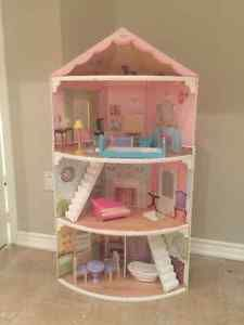 **Princess Doll house**