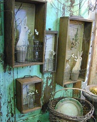 wire fence (or garden edging) used on old drawer wall hanging display (inspiration only)