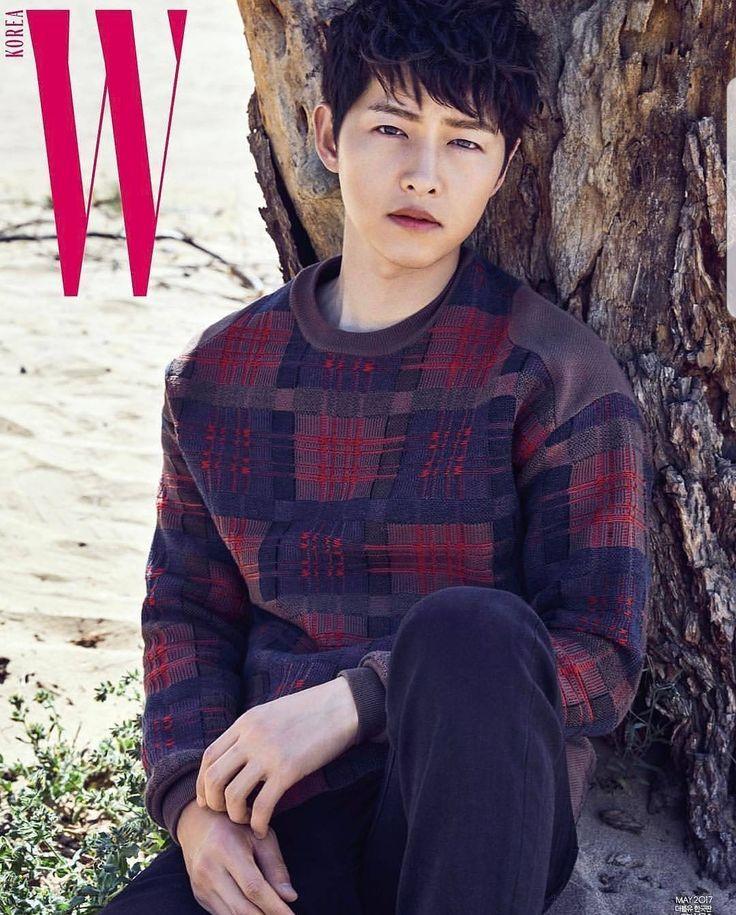 Hi vampire He stop aging since his early twenties