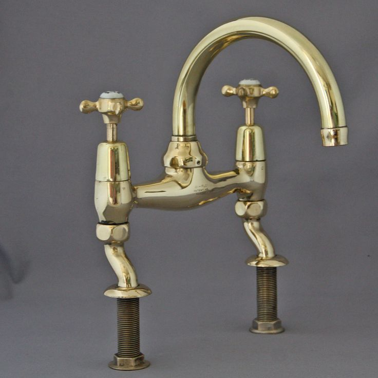 61 best images about antique bathroom on pinterest for Bathroom accessories taps
