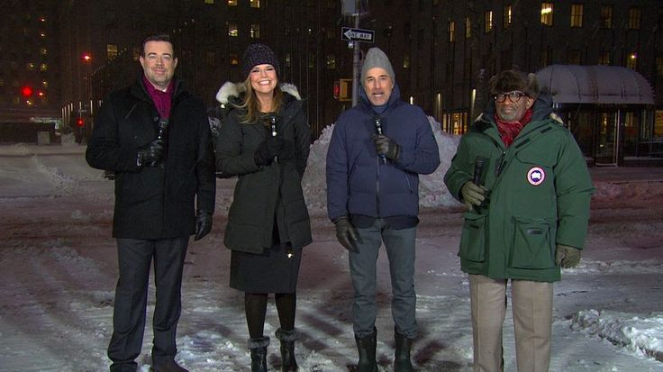 'GMA,' 'Today,' 'CBS This Morning' Anchors Brave NYC Snow Storm #FansnStars