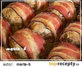 Plněné žampiony ve slanině recept (mleté maso)