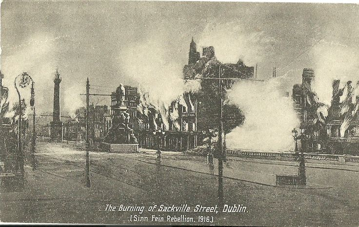 Postcard depicting the damage to Dublin, Easter 1916