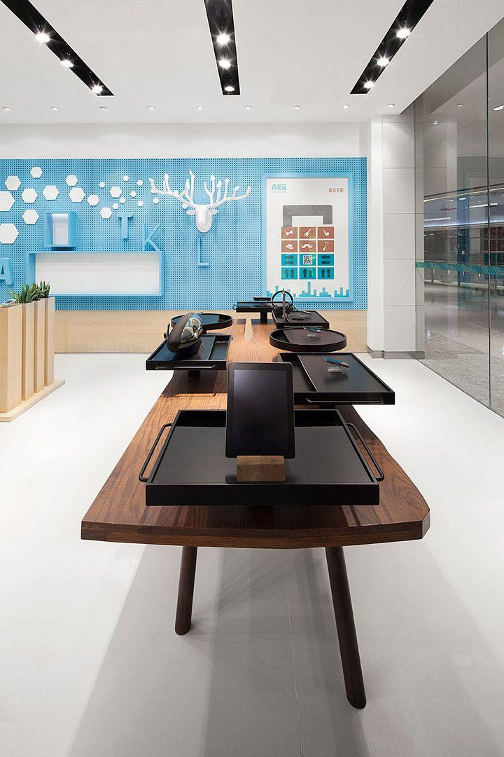 aer telecom store creative electronics tech visual merchandising - Store Design Ideas