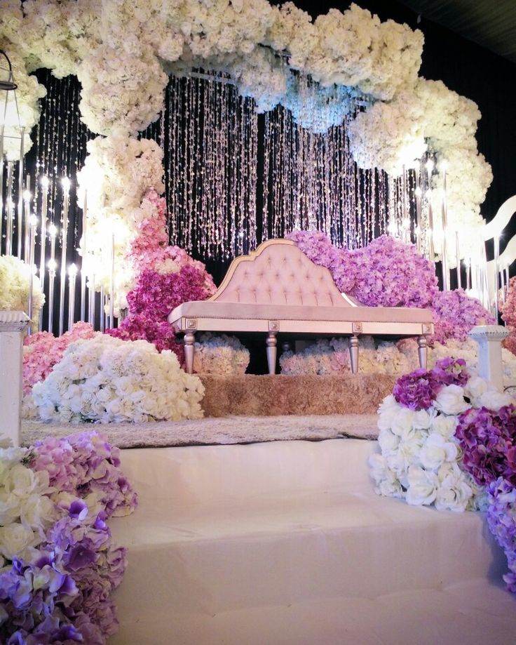 Pin By Mohamad On Pelamin Sanding Dewan Wedding Stage Decorations Marriage Decoration