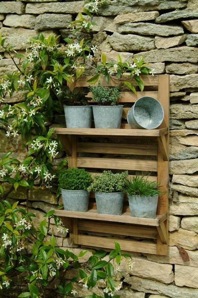 Les 25 meilleures id es de la cat gorie palette de jardin for Les plantes exterieur