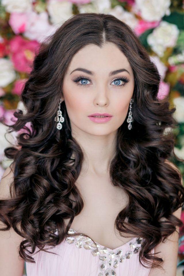 ... romantiques de coiffure mariage cheveux longs  Coiffures et Mariage