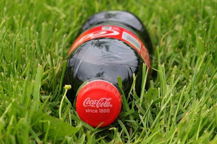 Coca Cola maakt ieder jaar 100 miljard niet recyclebare flessen