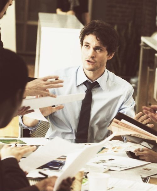 Hugh Dancy in Confessions of a Shopaholic.