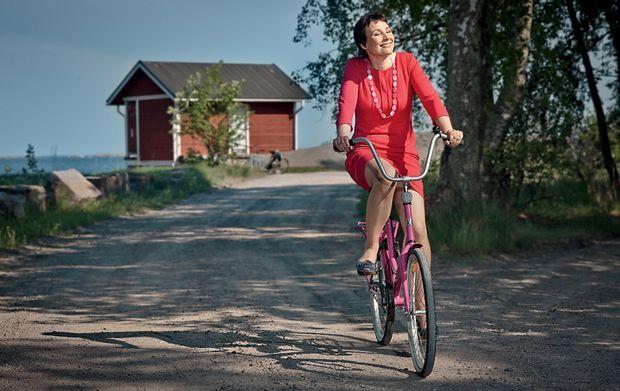 Bicycling feeling - Jopo-tehtailija Satu Helkama tiputti Taiwanin tarakalta - Uutiset - Talouselämä