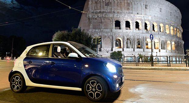 Smart elettrica by night, per dare la scossa alla Capitale un affascinante tour notturno