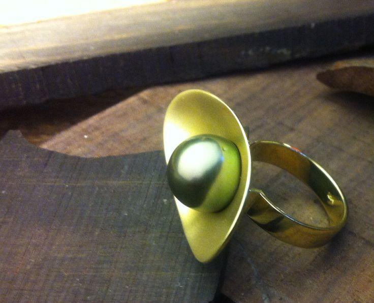 Anillo oro amarillo18kt t perla negra natural