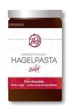 Hagelpasta van Hey Hagelpasta is de combinatie van chocoladepasta en hagelslag ofwel crispy's en dat in één potje.  http://www.bommelsconserven.nl/delicatessen/chocolade_online_bestellen_bij_bommels_conserven/chocolade_spreads_online_kopen_bij_bommels_conserven/hagelpasta_van_hey_online_kopen_bij_bommels_conserven/
