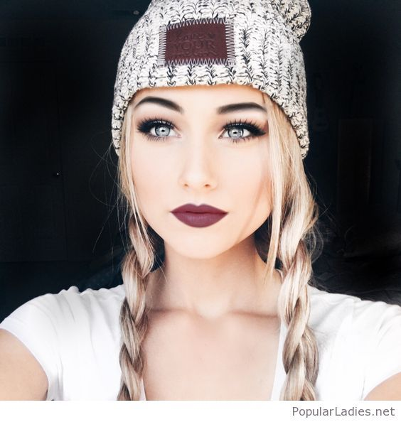 two-braids-and-an-amazing-makeup-for-winter-time