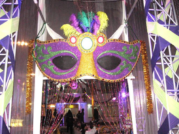 mardi gras tablescapes - Google Search