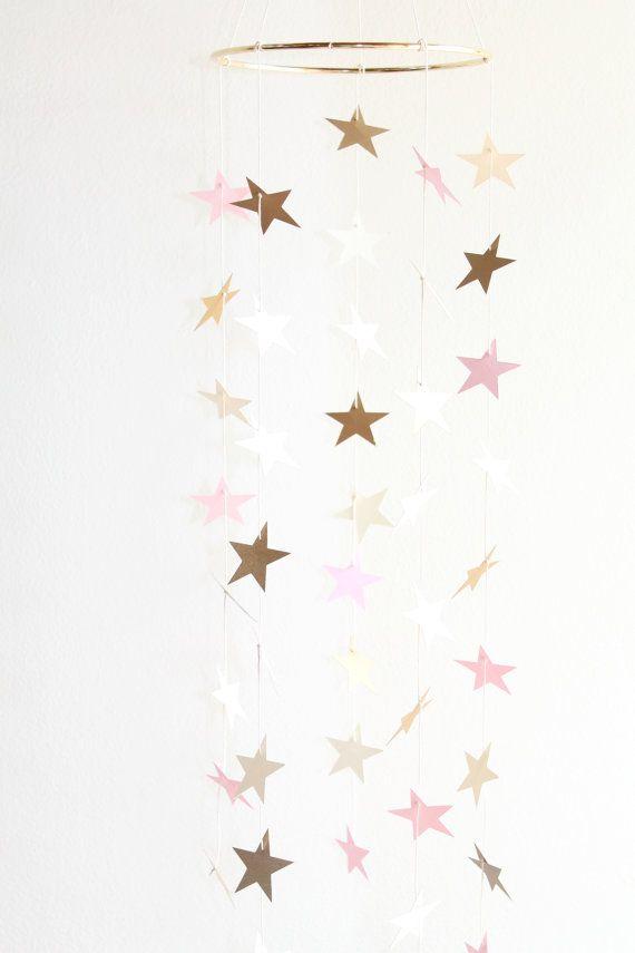 Or rose et crème bébé Mobile Star Girl Boho par TheDreamBarn