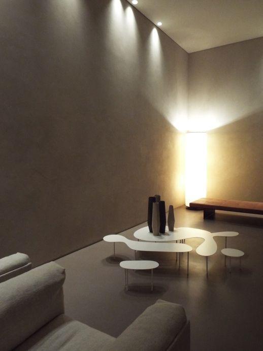 Ambientazione living con #pavimento in resina. www.stanzedautore.it