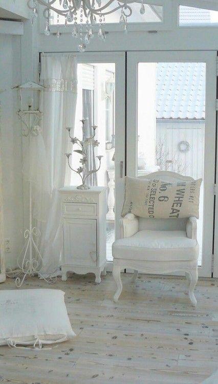 Oltre 25 fantastiche idee su mobili shabby chic su for Case in stile cottage sulla spiaggia