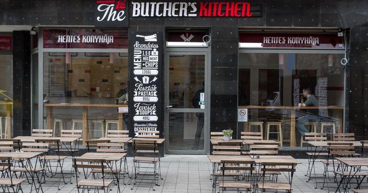 A Klauzál utcában a Dobozzal szemben található a Butcher's Kitchen. A húsimádók Mekkájában ebédmenüzhetünk napi levessel és tésztával vagy szendvicsezhetünk hidegen és...
