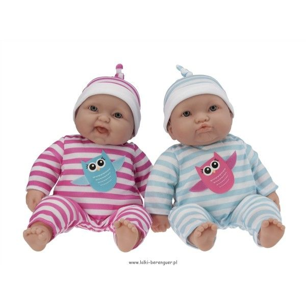 Bliźniaki Lot's to Cuddle - dwie lalki w zestawie! Śliczne lalki bliźniaczki - cena obejmuje aż dwie laleczki! Idealne do przytulania - materiałowy tułów sprawia, że laleczki są lekkie - świetne zwłaszcza dla młodszych dziewczynek Wysokość lalek: 38cm Od lat 2 Lalki opakowane w piękne, firmowe pudełko.