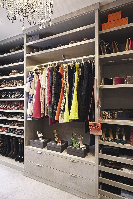 30 Walk In Closets You Wont Mind Living