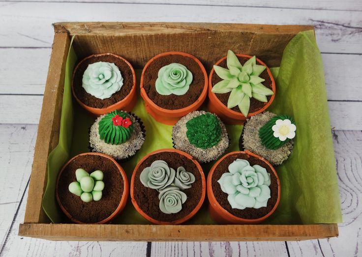 Quirky gluten free cactus cupcakes! #cactuscupcakes #glutenfreecactuscupcakes #plantcupcakes https://www.craftycakes.com/