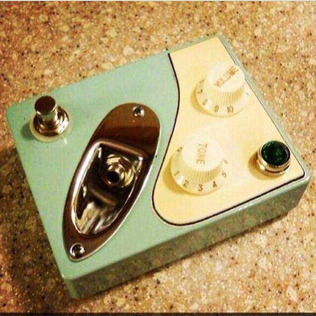 Coolest guitar pedal ever! http://www.guitarandmusicinstitute.com