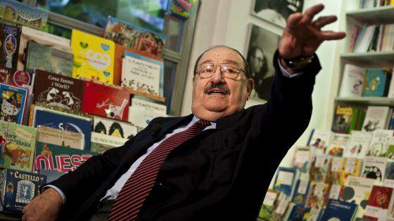 Aveva 84 anni. E' stato filosofo, semiologo e grande esperto della comunicazione. Non ha mai perso la voglia di osservare la politica. Aveva appena