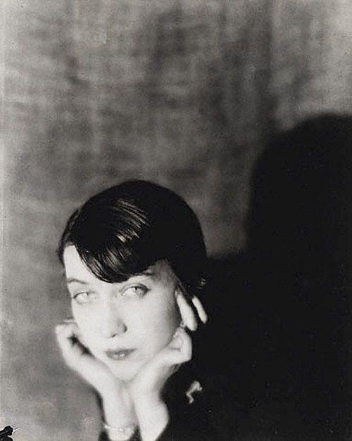 Berenice Abbott, Man Ray 1921.