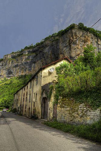 Village de Baume-les-Messieurs   Jura, France   #JuraTourisme