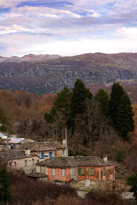 "In de mountain range of Pindos (de ""spine"" of Greece) in Ioannina Prefecture, a region called ""Zagori"". It's separated in three geographical zones, de eastern, de central n de western Zagori. There is a ""group"" of 46 traditional villages, dat seem to have stuck to de last times, some 100 yrs ago. On de picturesque alleys, Dilofo, is one of those 46 villages in Ioannina, Epirus_ Greece"