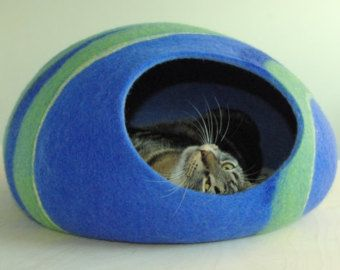Modern cat bed/safe cat cave/cat house/happy cat cave by elevele