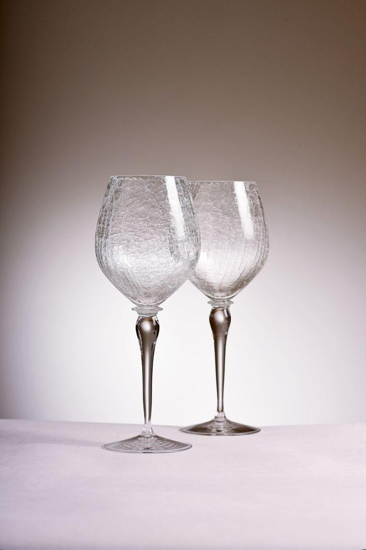 Red vine glasses by Dobrovič glass