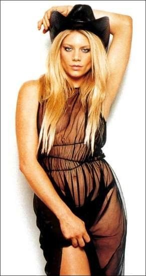 Peta Wilson: Sexy Photos for Her 43rd Birthday–November 18th, 2013