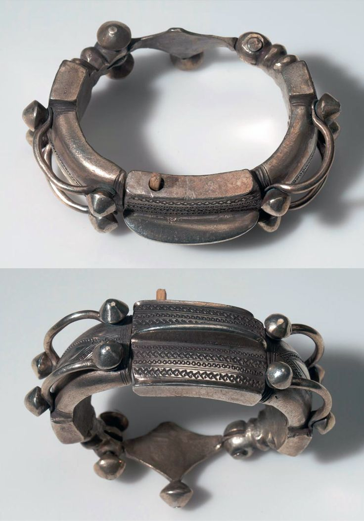 Morocco | Bracelet from the Tuareg people; silver