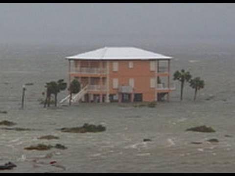 Hurricane Ivan Storm Surge Video - Pensacola Beach, Florida