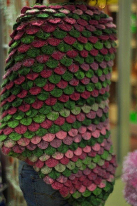 Crocodile shawl