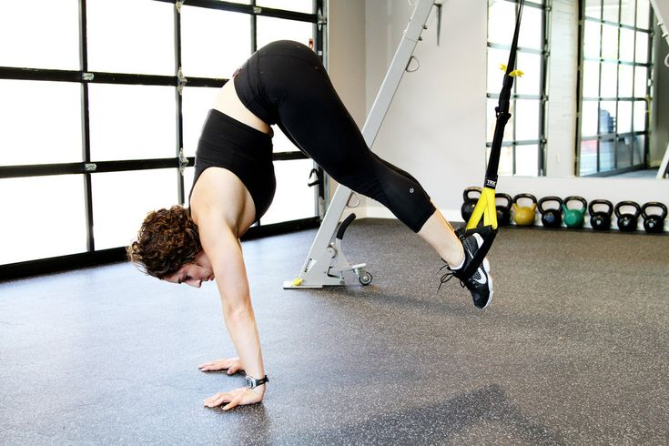 15 Effective TRX Moves to Challenge your Body from Head to Toe.