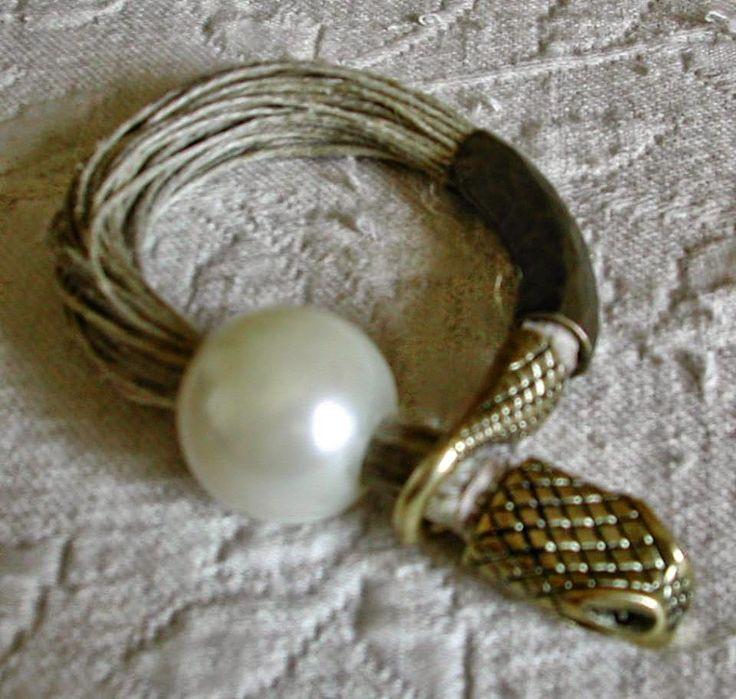 MT Ожерелья из льна ~ Ожерелья в льняной пряжи: БРАСЛЕТЫ