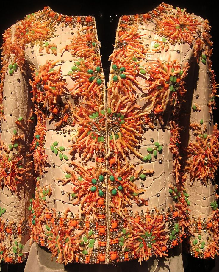 493 best images about Couture Embroidery on Pinterest ...