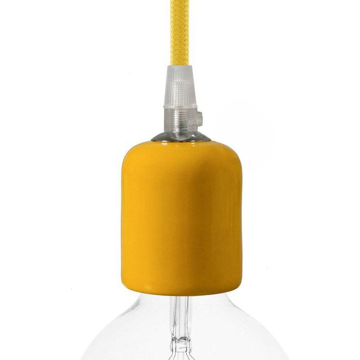 Comprar | Portalámparas cerámico E27 amarillo ámbar | Fundas decorativas cerámica #decoracion #iluminacion #accesorioslamparas #accesoriosiluminacion #lamparas #fabricartulampara