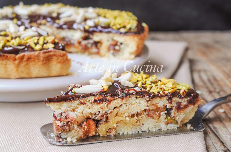 Torta+di+Natale+con+frutta+secca+e+cioccolato+veloce