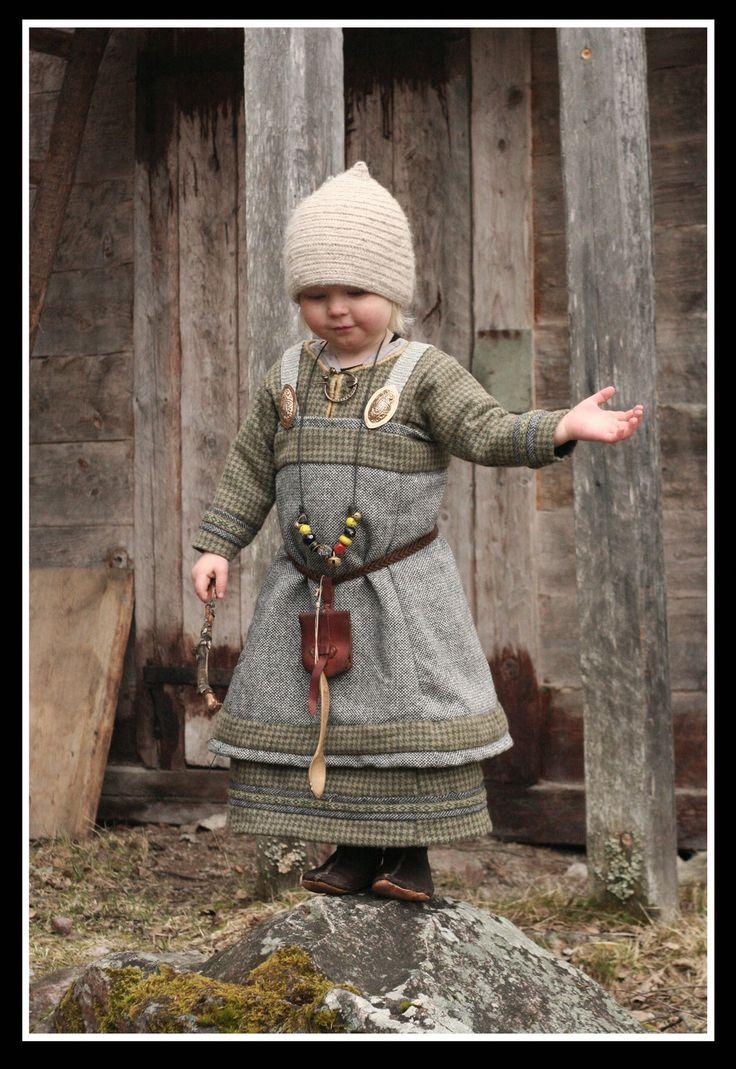 Hervor... the little viking girl. http://vendelrus.deviantart.com/art/The-Rainmaker-389475338