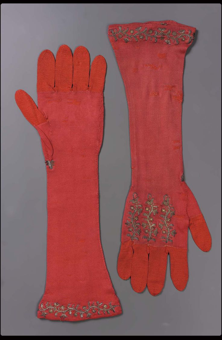 Driving gloves edmonton - 18th Century Europe Pair Of Women S Gloves Silk Knit Nit Ground Embroidered With